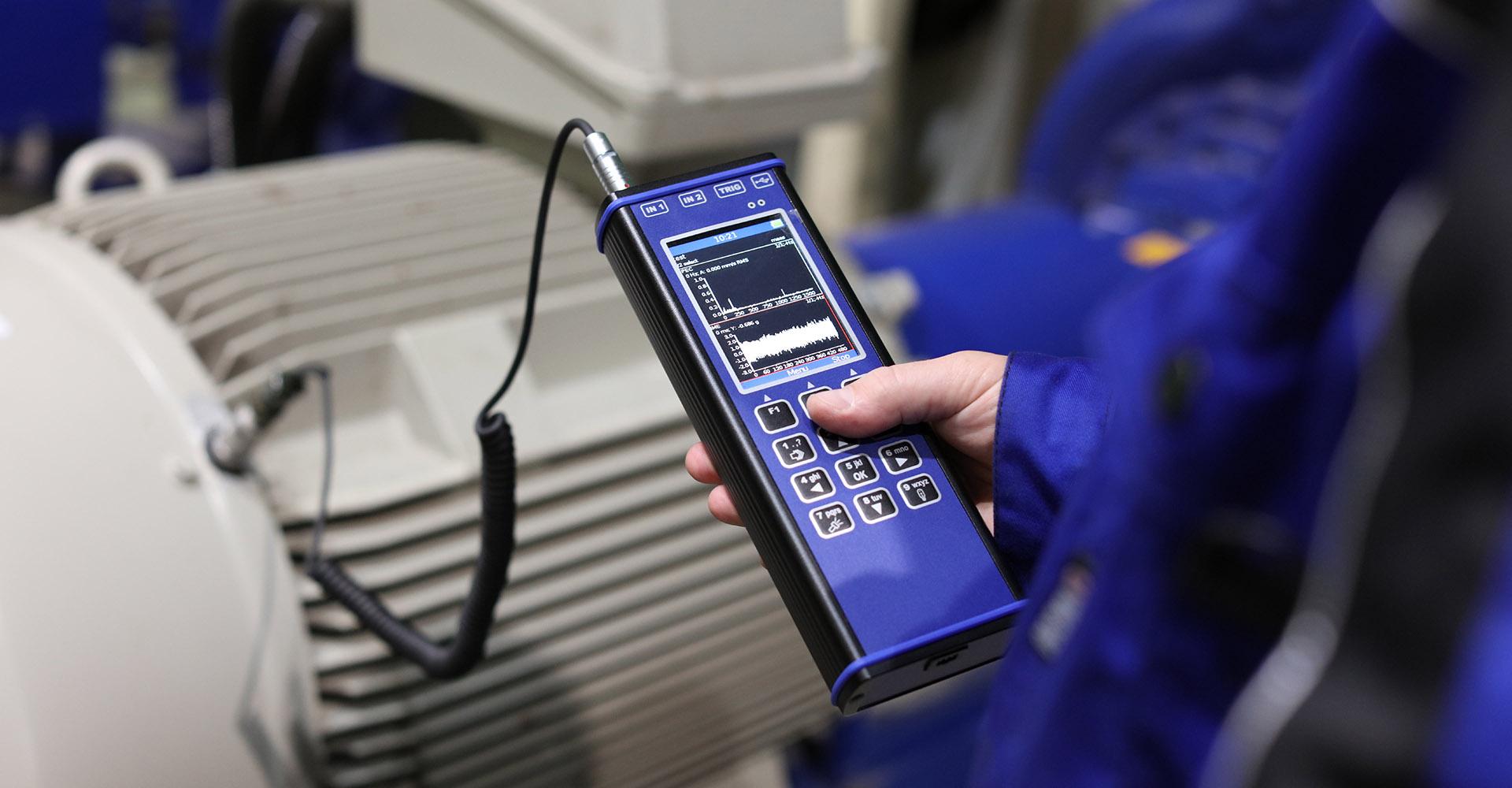 Pomiary drgań analizatorem drgań firmy Adash